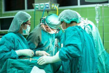 Quais os critérios para fazer cirurgia bariátrica pelo convênio?